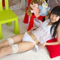 gravure promotion pictures, Shiina Momo (椎名もも) A.K.A. Iwasaki Kaho (岩崎果歩)