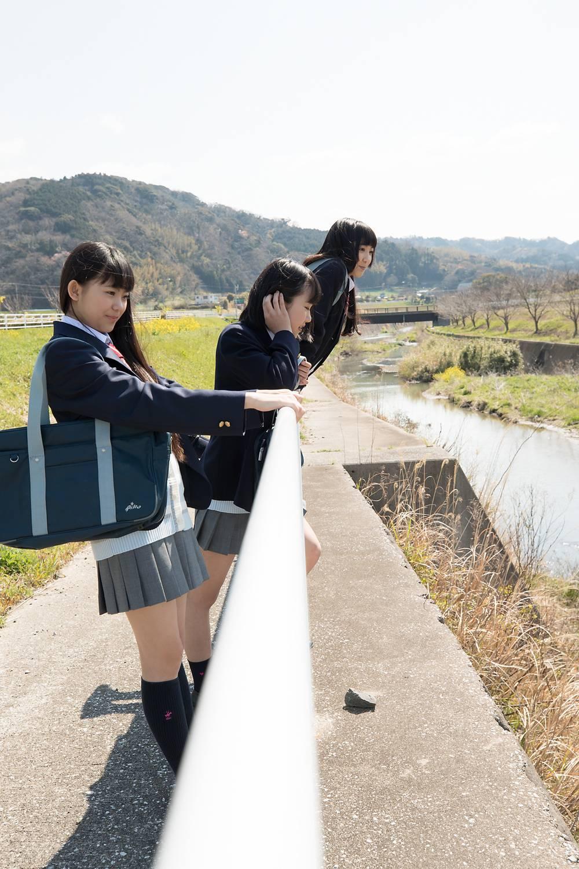 gravure promotion pictures, Hisakawa Mika (久川美佳), Kouzuki Anjyu (香月杏珠), Takanashi Ai (高梨あい)