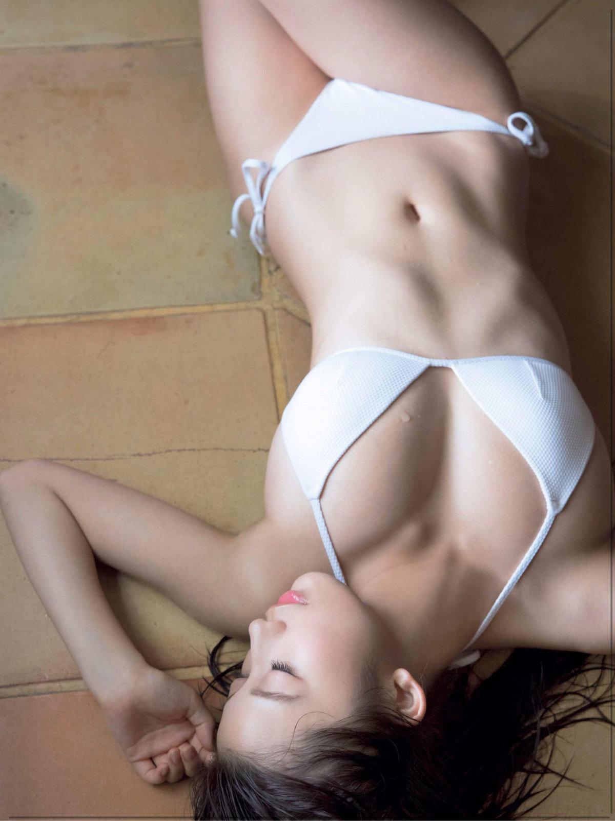 FRIDAY magazine, Magazine, Ogura Yuka (小倉優香), Oppai