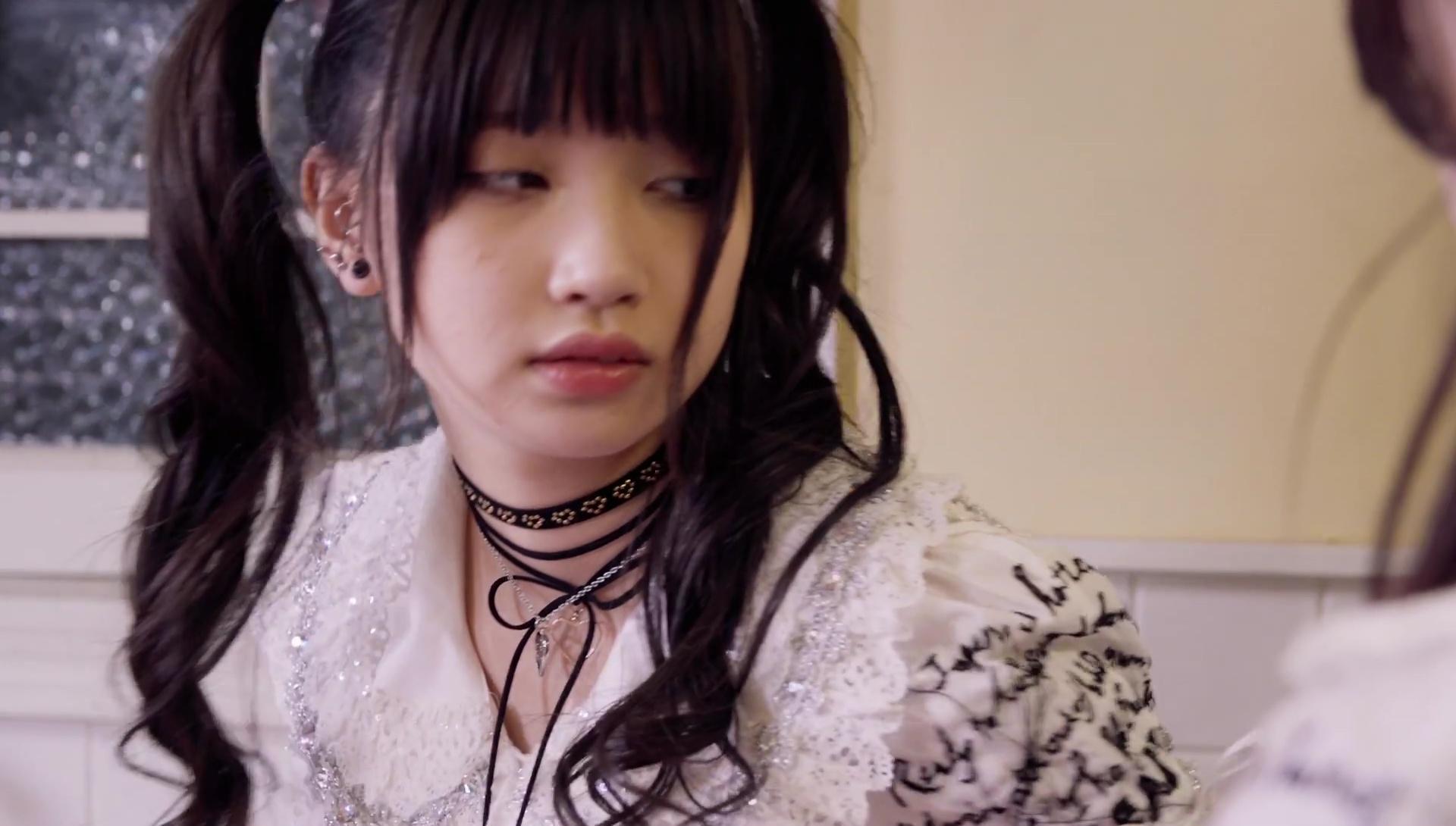 Kaneko Rie (金子理江), Kuromiya Rei (黒宮れい), Screenshot ...