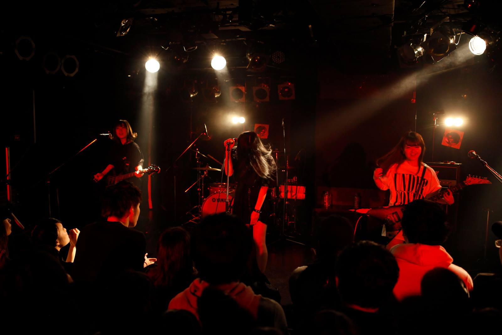 BRATS, Concert, Kuromiya Aya (黒宮あや), Kuromiya Rei (黒宮れい)