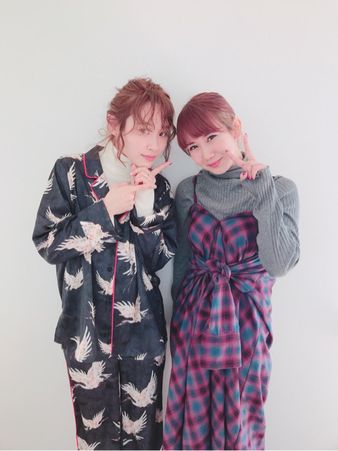 Okai Chisato (岡井千聖), Takahashi Ai (高橋愛)