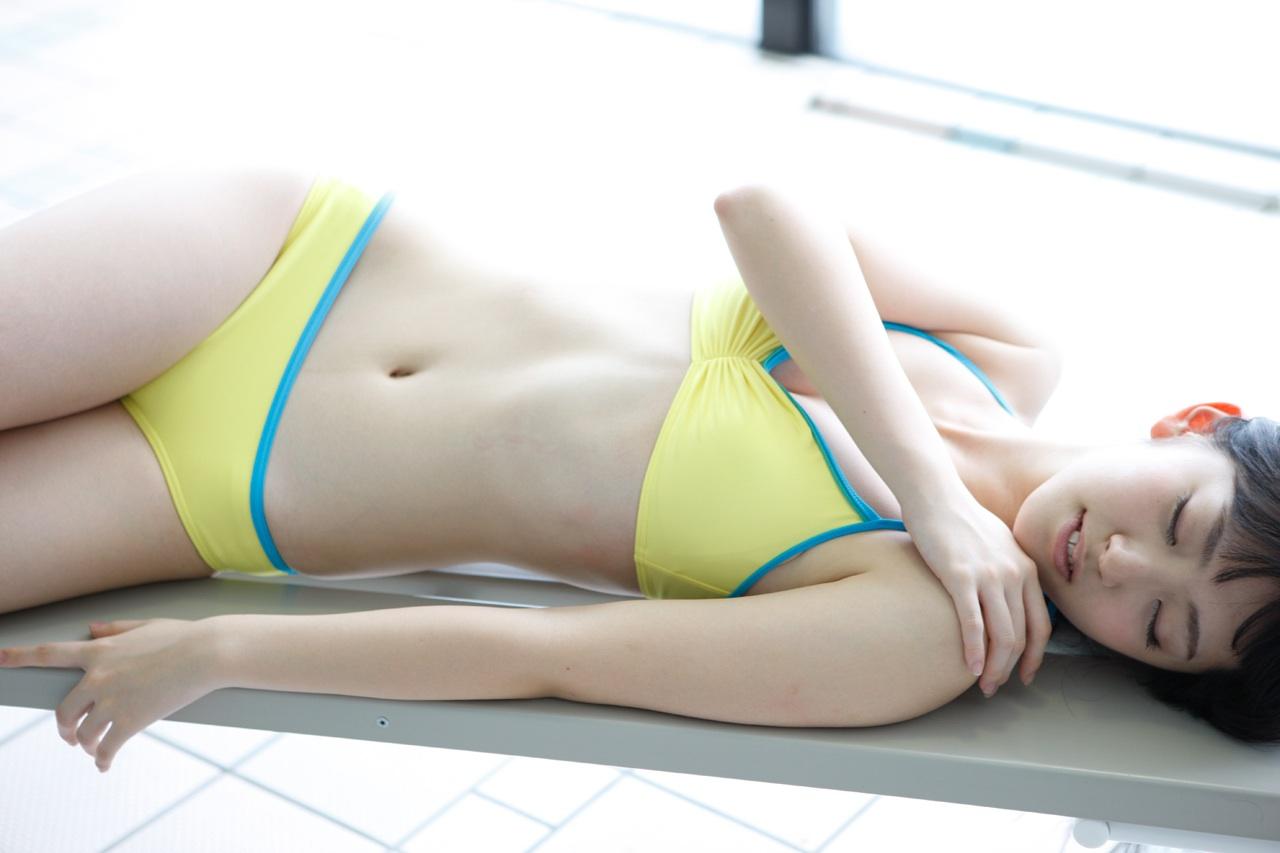 Bikini, ℃-ute, Suzuki Airi (鈴木愛理)